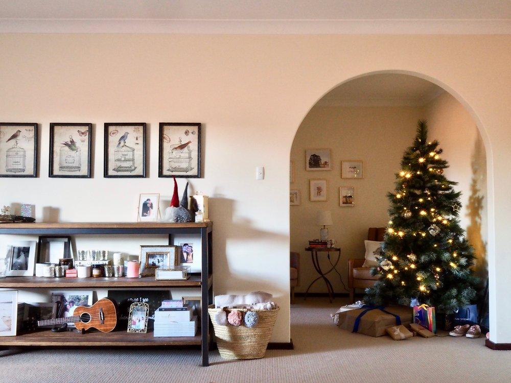 Christmas Apartment DecorP1011311.jpeg