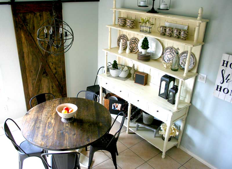 L-E-Kitchen-round-table-.jpg