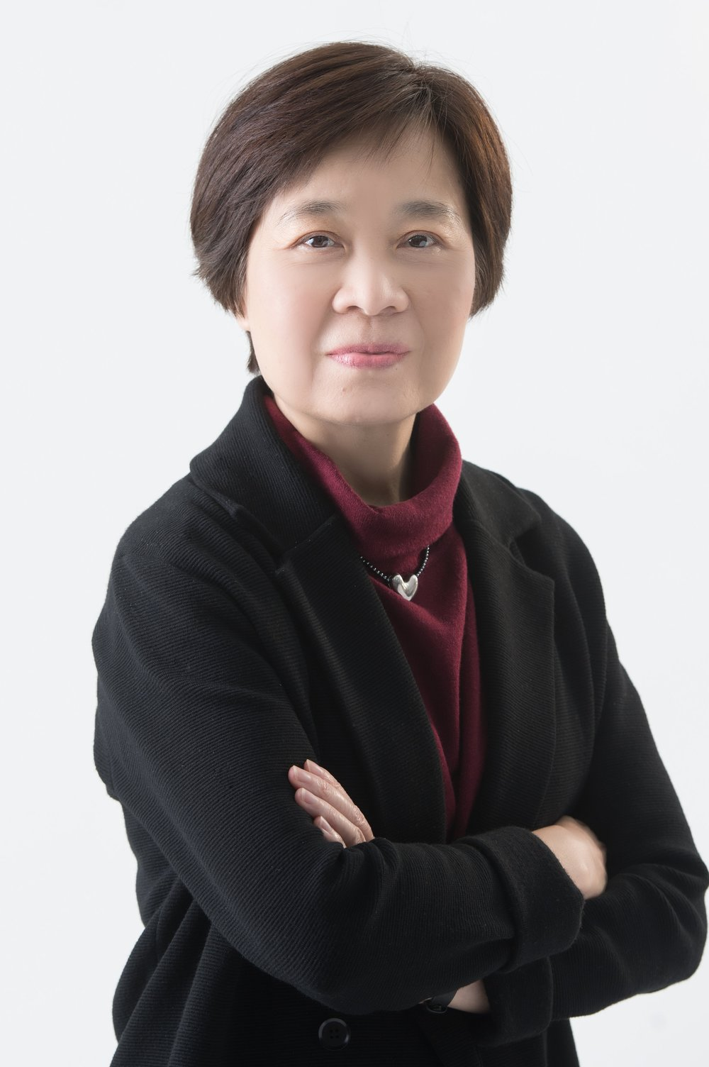 Ms Fiona Lung, President
