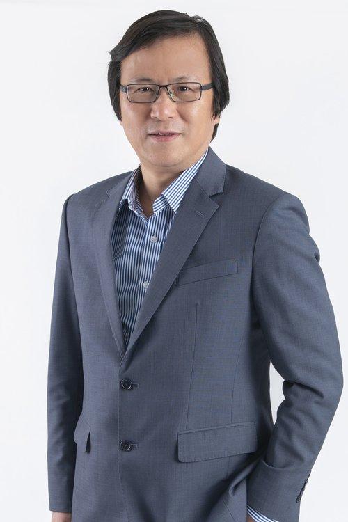 Mr Lawrence Y C Chau / Vice President