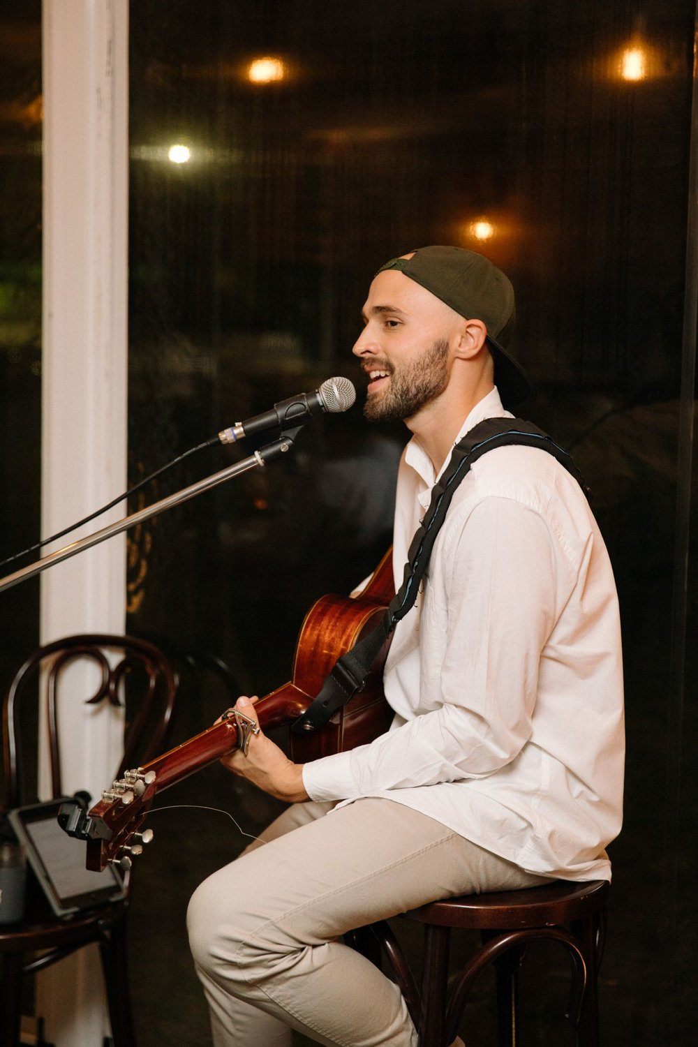 mark crotti high end dining acoustic live music fancy resturants sydney.jpg