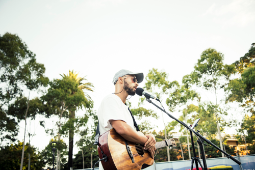 mark-crotti-open-air-cinema-acoustic-singer-sydney.png