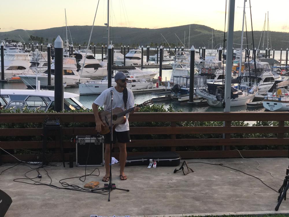 marina-dave-live-music-acoustic-mark-crotti.png
