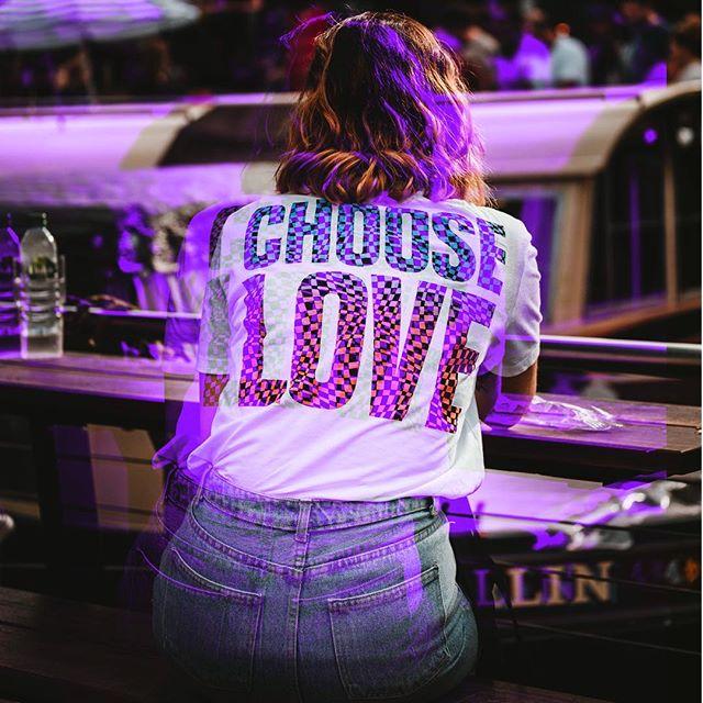 #ChooseLove ❤️🍊💛🍏💙🍆🏳️🌈#pride