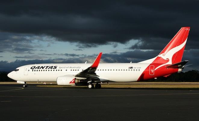 BOEING-737-800-QANTAS-HBA-0410-RF-IMG_36611.jpg