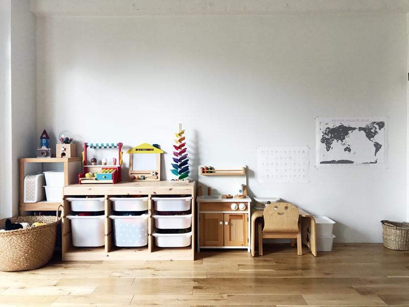 2人のお子さまのスペースもリビングに設けた。
