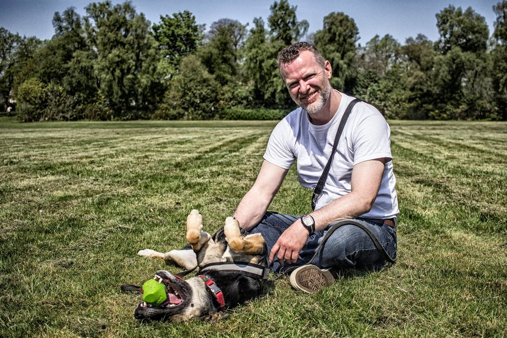 JOHN MCGUIGAN - Glasgow Dog Trainer and Consultant websiteFollow John's FB pageRead John's blogFB event page