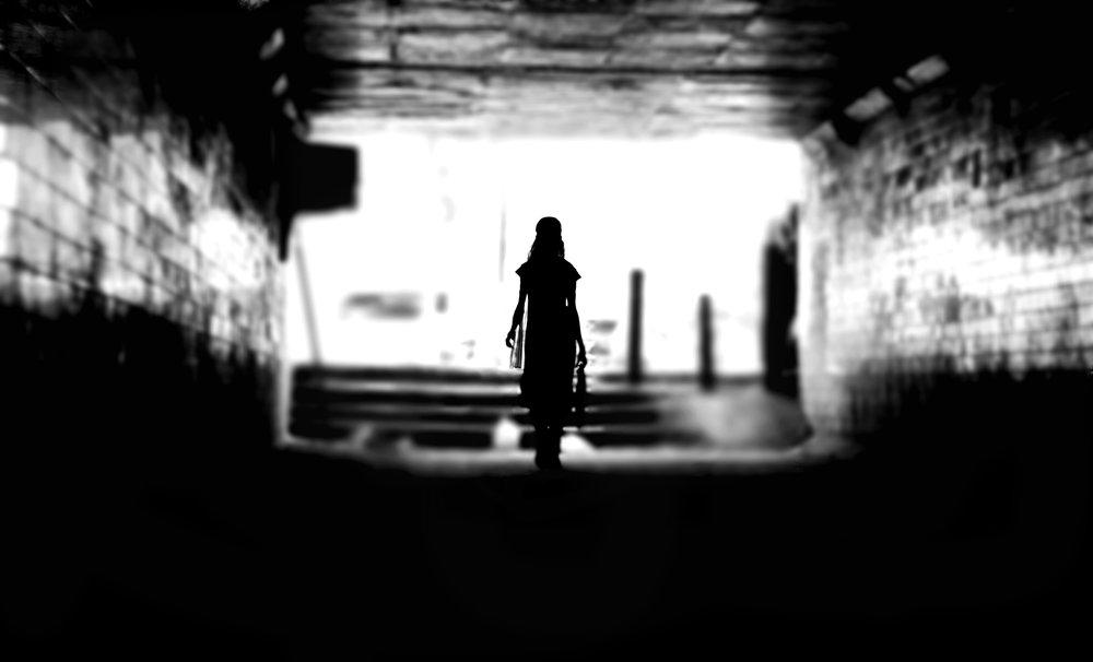 black_and_white_photography_mumbai_himanshu_singh_gurjar_silhouettes_5_frames_gmax_studios.jpg