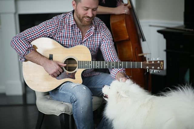 Mochi is always giving me my favorite photo in a shoot. 📸 @angelafunovitsmd • • • #dogsofinstagram #acousticguitar #cello #singersongwriter #2019 #samoyed