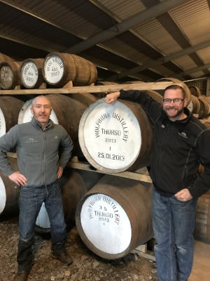 Iain Kerr (L) and Shane Fraser (R) with cask #1.