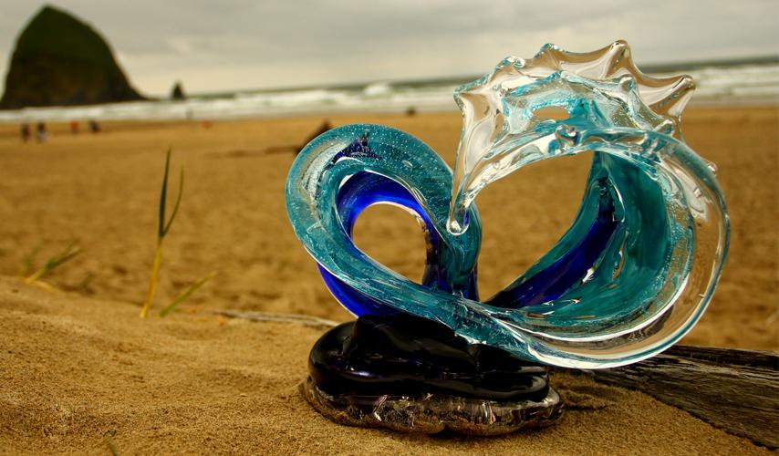 david_wight_glass_art_neptune_wave_main1.jpg