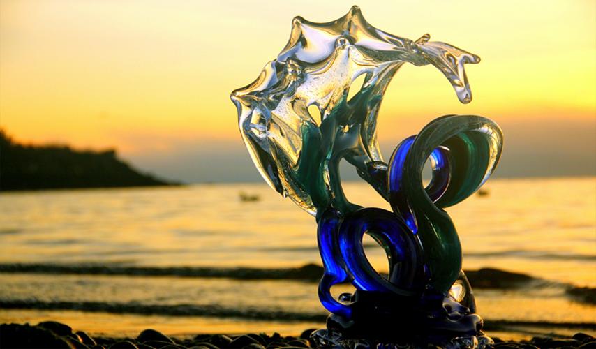 david_wight_glass_art_neptune_wave_main4.jpg