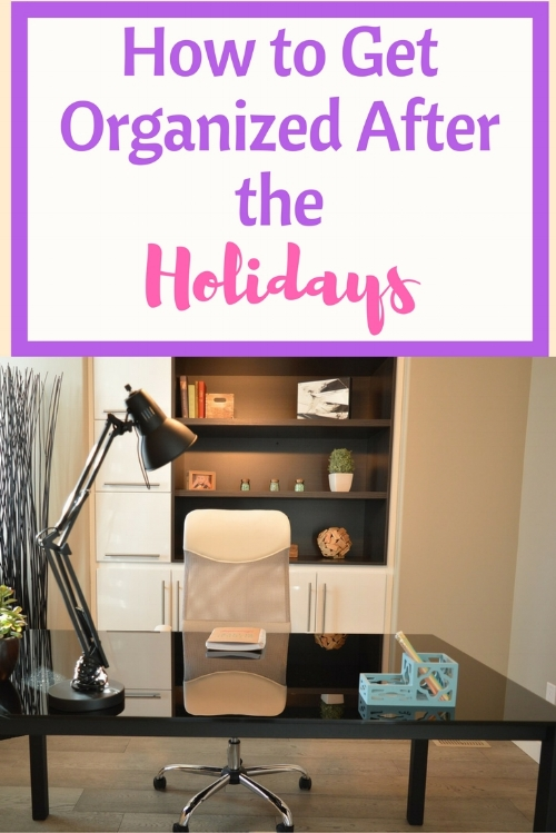 The next logical step after decluttering is to get organized.  Here's how to organize your stuff so that you ca spend less time searching for things!!