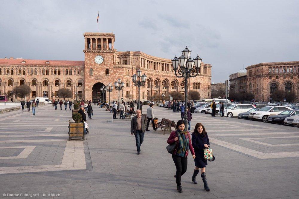 Jerevan, Armenias hovedstad på 1.5 millioner innbyggere, en stille ettermiddag