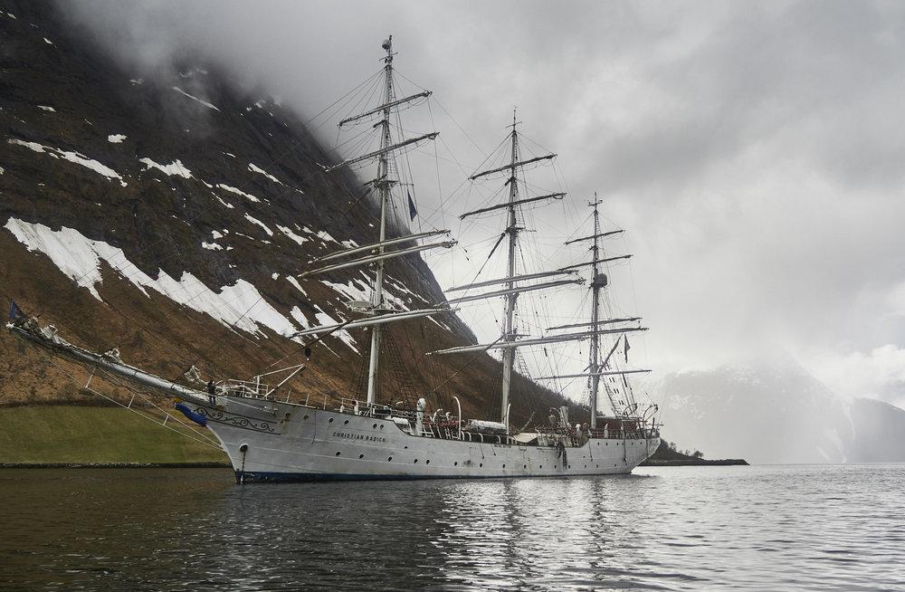 fri flyt - På topptur med seilskuta