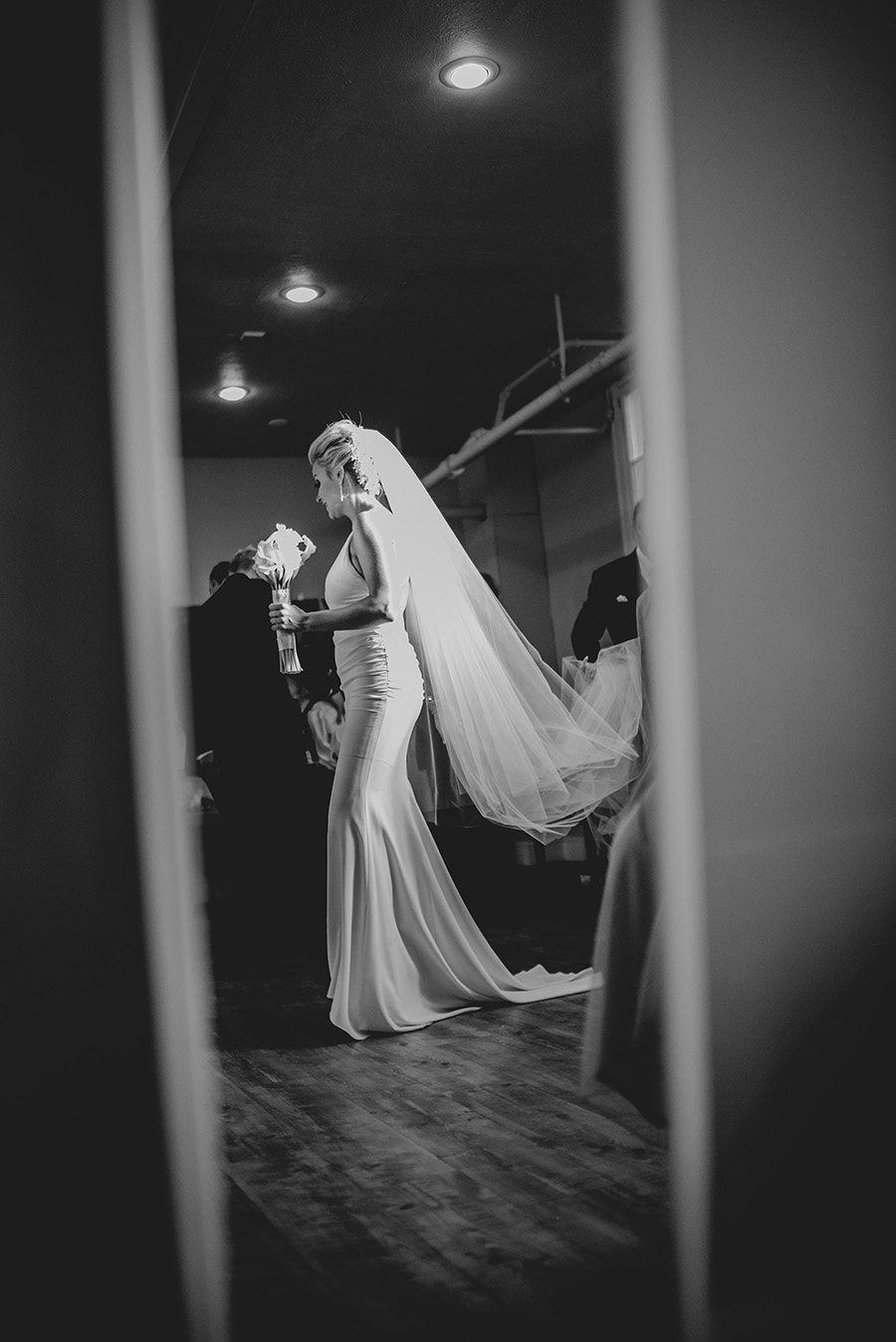 candid-urban-wedding020.jpg