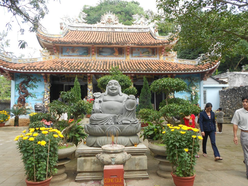 vietnam buddha.jpg
