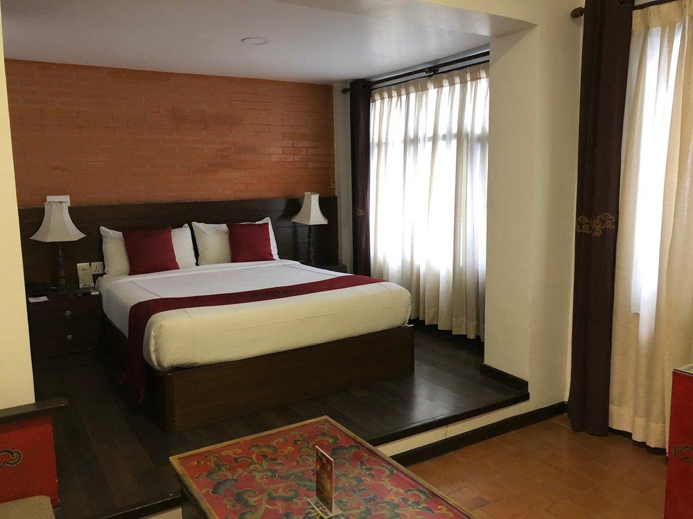hotel_dalai double.jpg