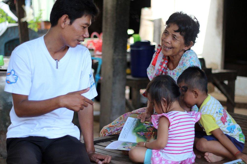 Family reintegration program with the grandma and grandchildren.