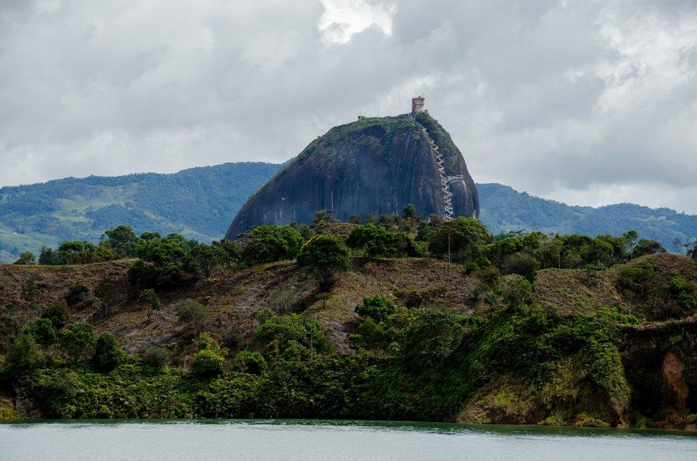 guatape-penol-via-pixabay.com-en-colombia-guatape-lake-reservoir-2410629.jpg