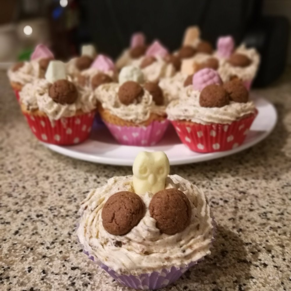 Cupcakes with  kruidnoten.  Photo credit (and baking credit!) Maaike Molenaar
