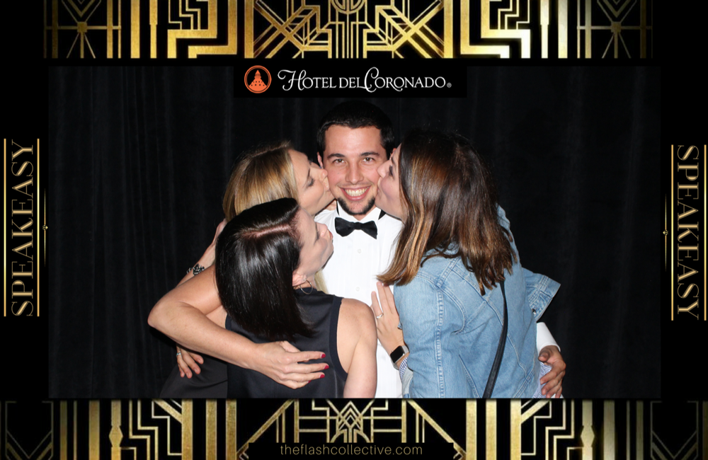 Hotel del Coronado photo booth vendor. We work with venues to supply open air photo booths for your party or corporate events.