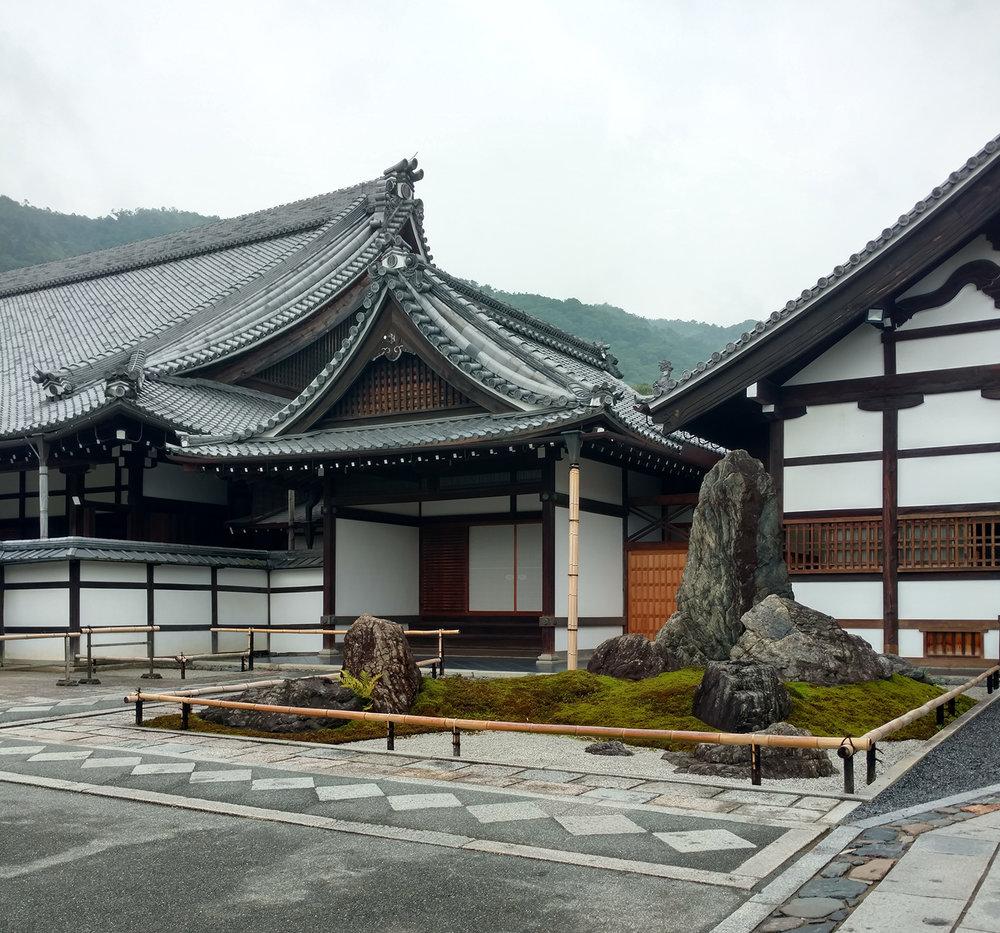 12Ryoan-ji-2.jpg