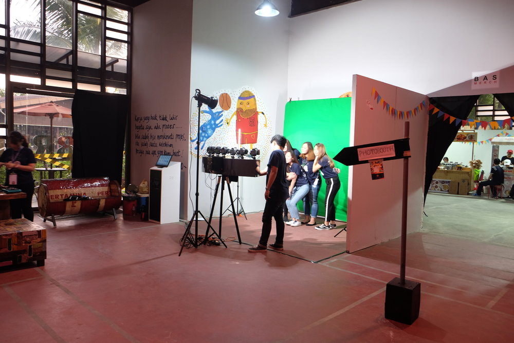 multicamera booth setup.JPG
