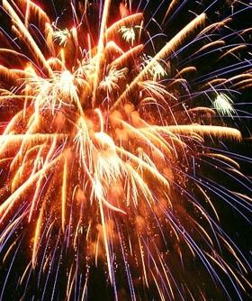 fireworks-cruise_3_1.jpg