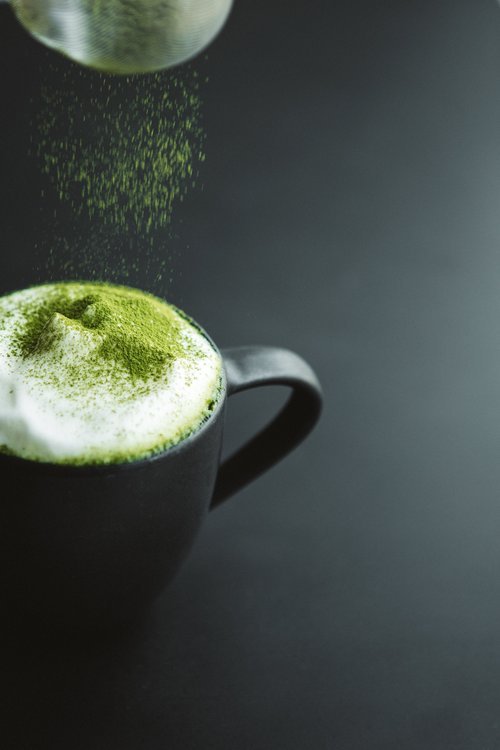 sprinkle on latte ceramic moringa powder green
