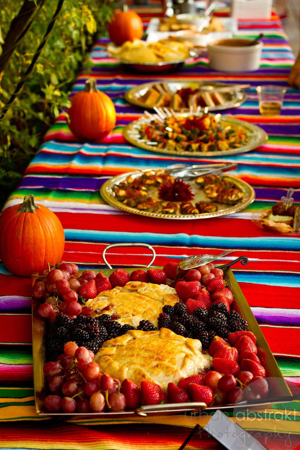 party food table image