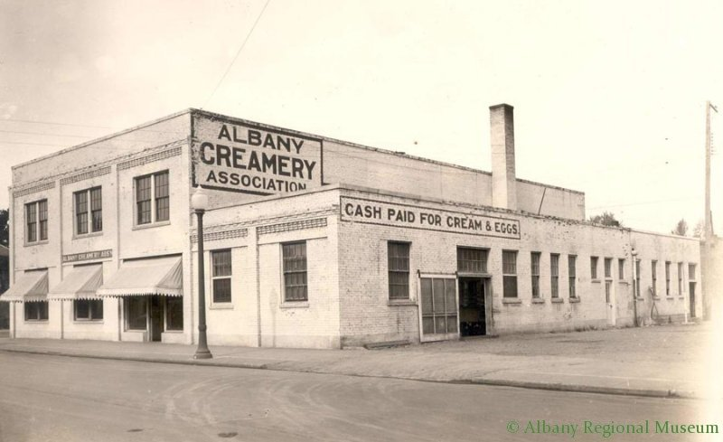 Photograph taken Oct. 8, 1931 of Albany Creamery Association, 400 West 2nd Street, corner of Washington Street.
