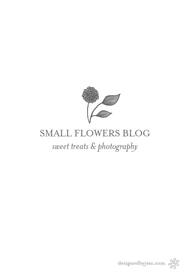 pre made logo | logo design | small flowers designed by Jess