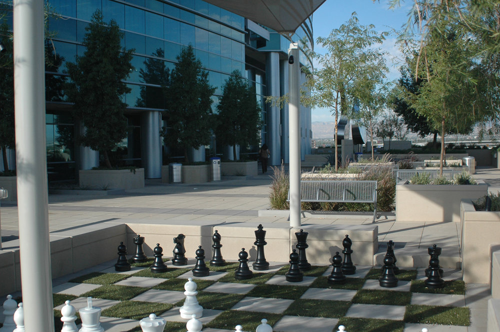 MolaskyCorpCtr-09-08-chess.jpg