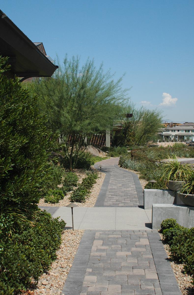 BldrRdg-sidewalkview.jpg