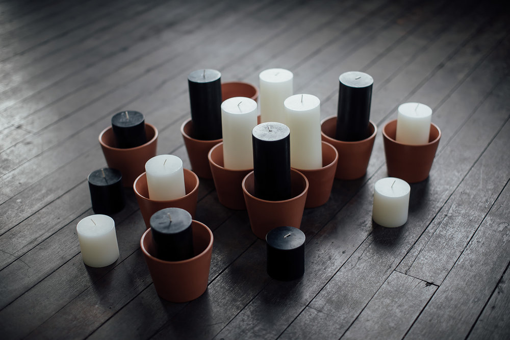 terracotta island candle kits x 25 pieces black or white in 3 x varying heights $440.00 each set