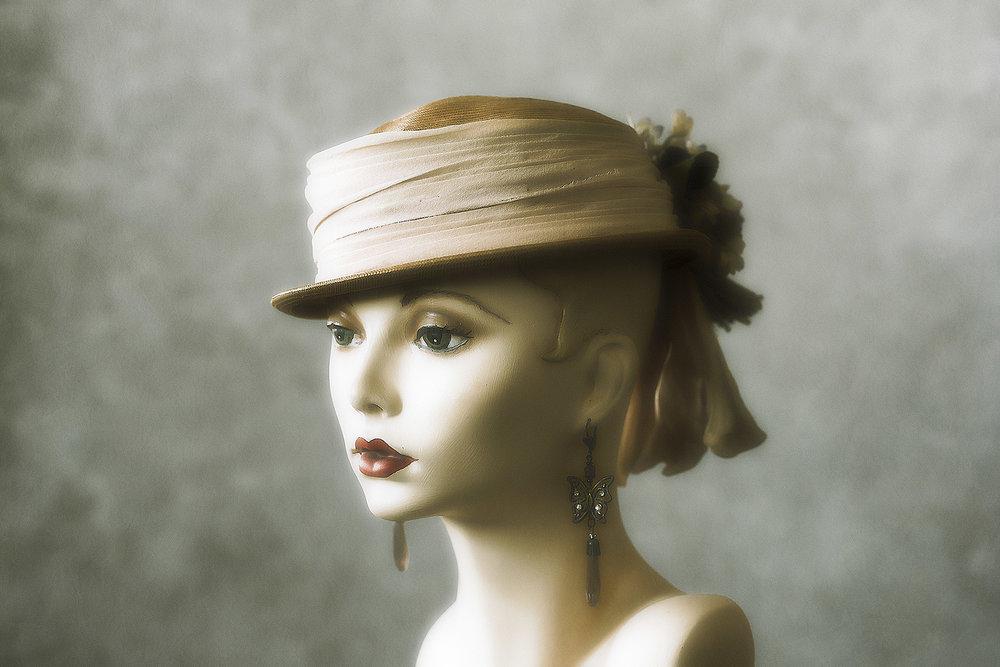 Mannequin #MNQ-1610