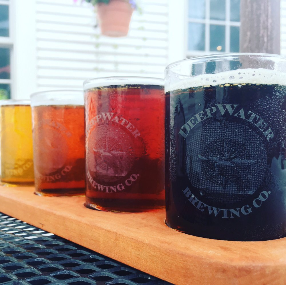 Deepwater Brew Pub brewing co flight.jpg