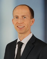 """- """"Because of Claras Coaching I am able to take decisions from my gut. I am more efficient, than I could have imagined before. I am more relaxed and have more energy available.""""-Simon Hegener, Senior Business Analyst, Zurich"""