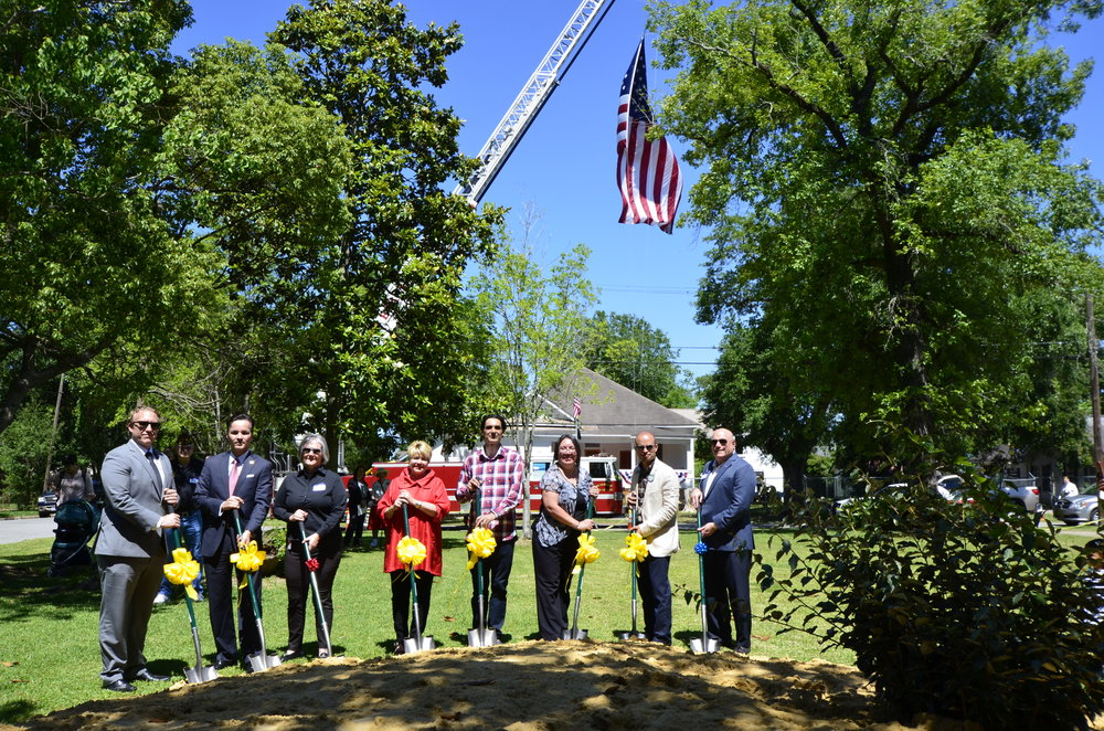 From left to right: Randy Weber's Regional Director, Senator Cornyn's Regional Director, Fire Chief Ann Huff, Mayor Becky Ames, YAO Co-founder Victor, Former Military Police Mary Williams, Micheal Perez Gateway Mortgage Group, City Council Member W.L. Pate