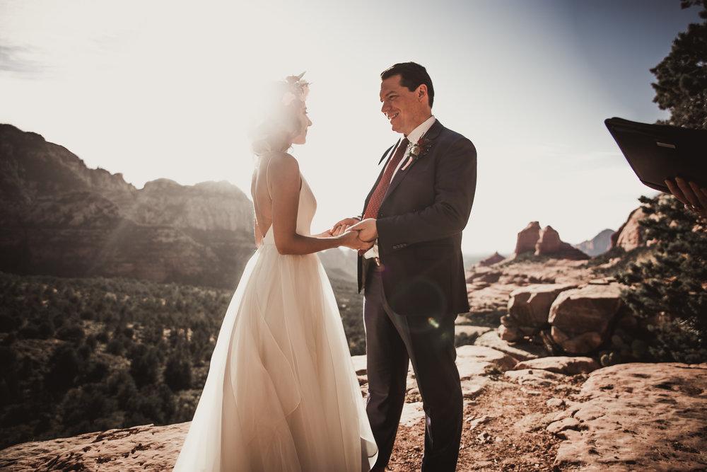 adventure-elopement-elope-nationalpark-photographer-elopementphotograppher-intimate-wedding-photograper-arizona-sedona-joshuatree-utah-california-nevada-smallwedding-southern-california-desert-mountain-photographer