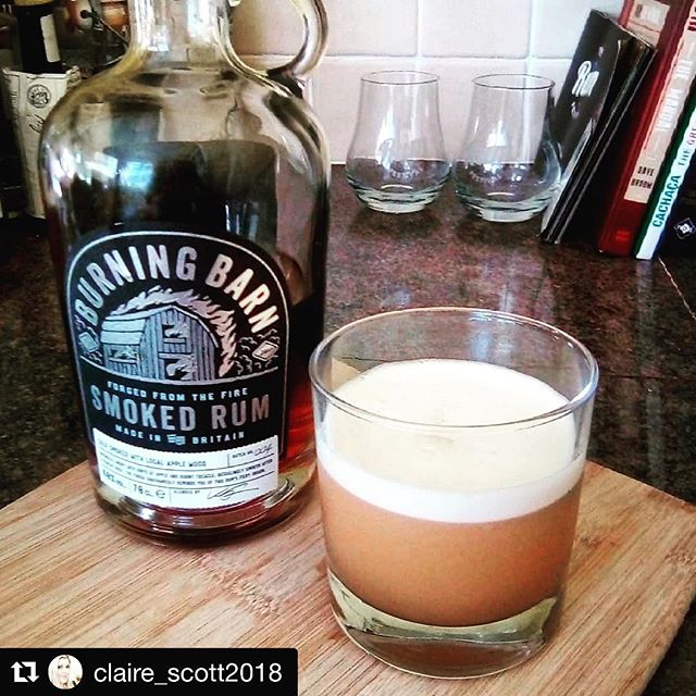 Casually drooling over this Smoked rum sour today.  We already know grapefruit is a match made in heaven for our Smoked rum (try a twist in your Smoked Old Fashioned), so this is bound to go down an absolute treat. . . . #Repost @claire_scott2018 . ・・・ Sunday treat. A smoked sour with @burningbarnrum, pink grapefruit and lime. Delicious #sundayrumday #burningbarnrum #burningbarnsmokedrum #smokedrum #rumsour #cocktails #loverum #rumlife #rumlove #rum #rumcocktail #forgedfromthefire #cocktailoftheday #drinkstagram #imbibe