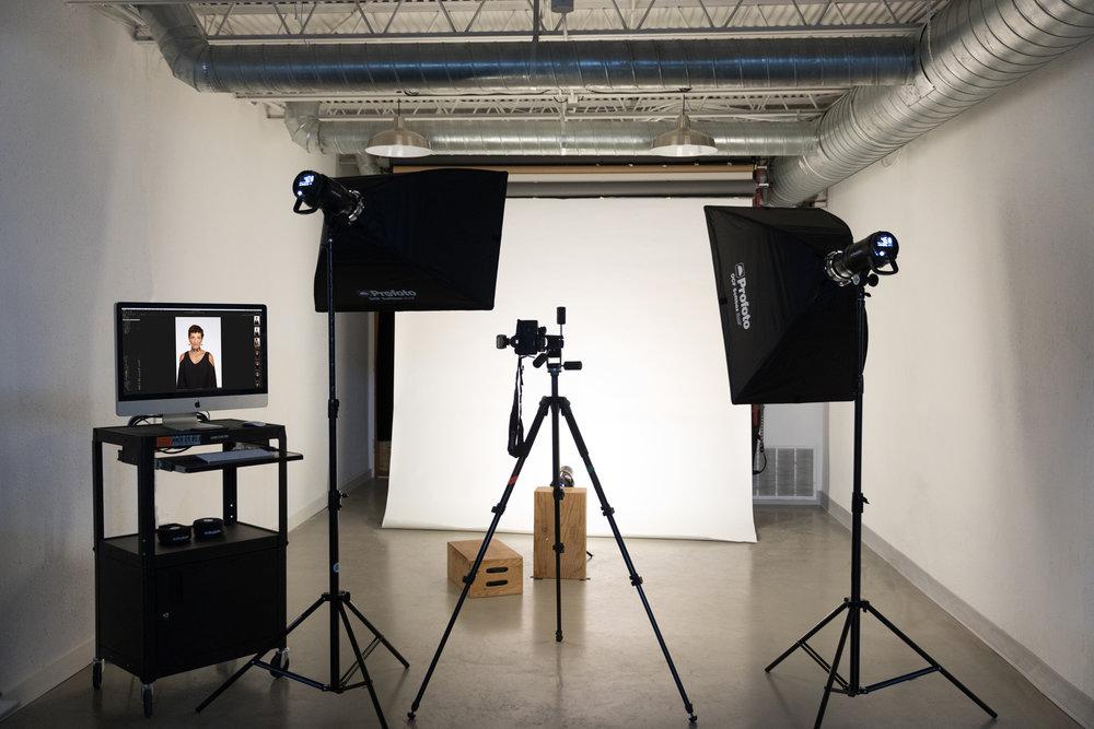 applebox-headshots-photo-studio-austin.jpg