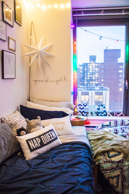 Aside From The Star Lamp Urban Outfitters Above My Bed I Didnt Have To Spend Much Money Shake Up Vibe Of Room