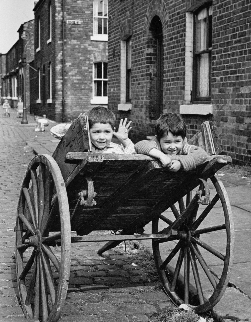 Kids in Cart, Salford (1962)