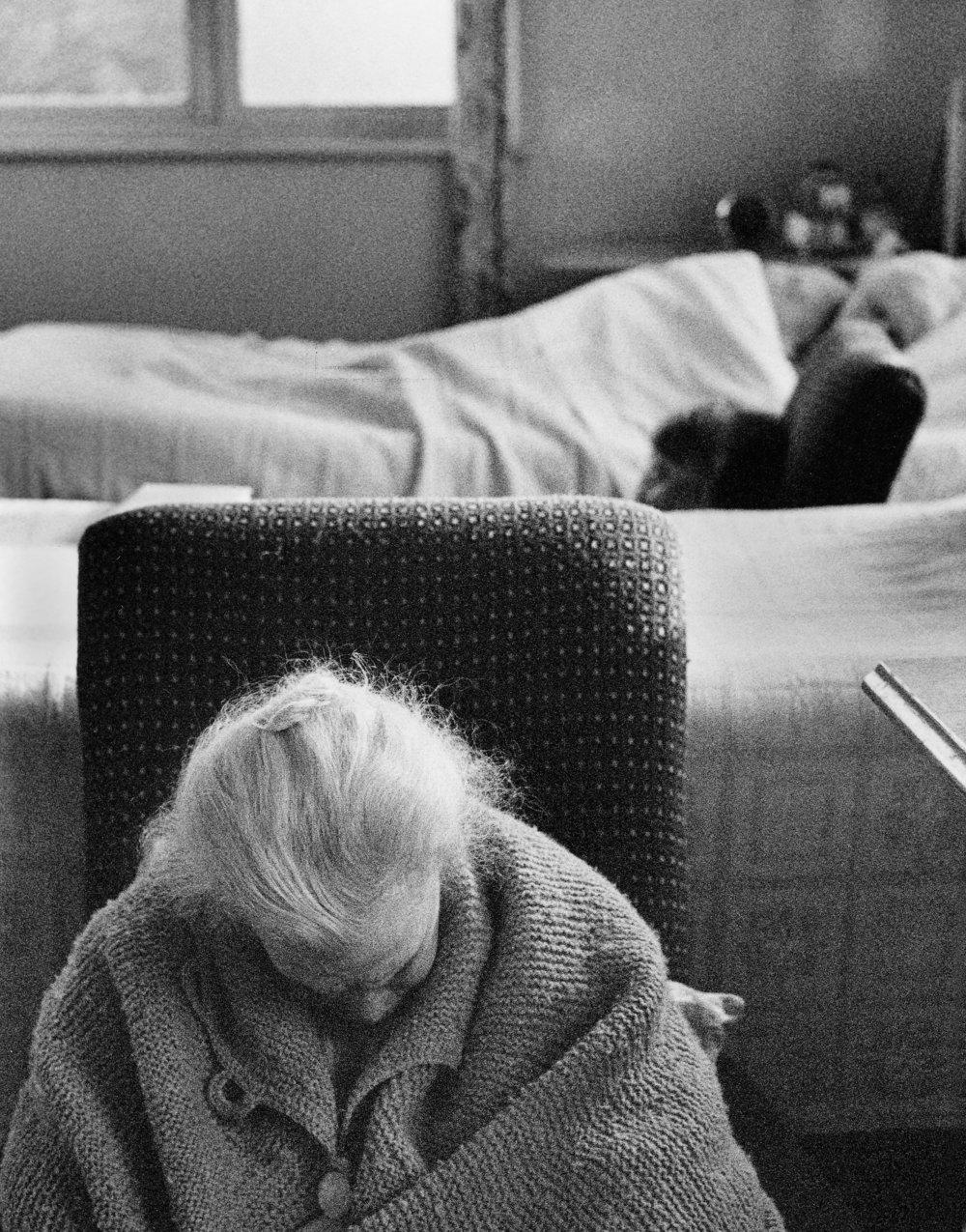 St. Joseph's Hosp., Mcr, Geriatric Ward, 18-43-9 (1964).jpg