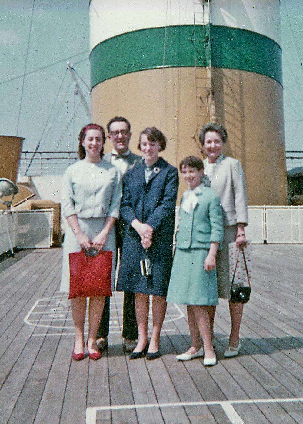 family.cruise.crop.jpg