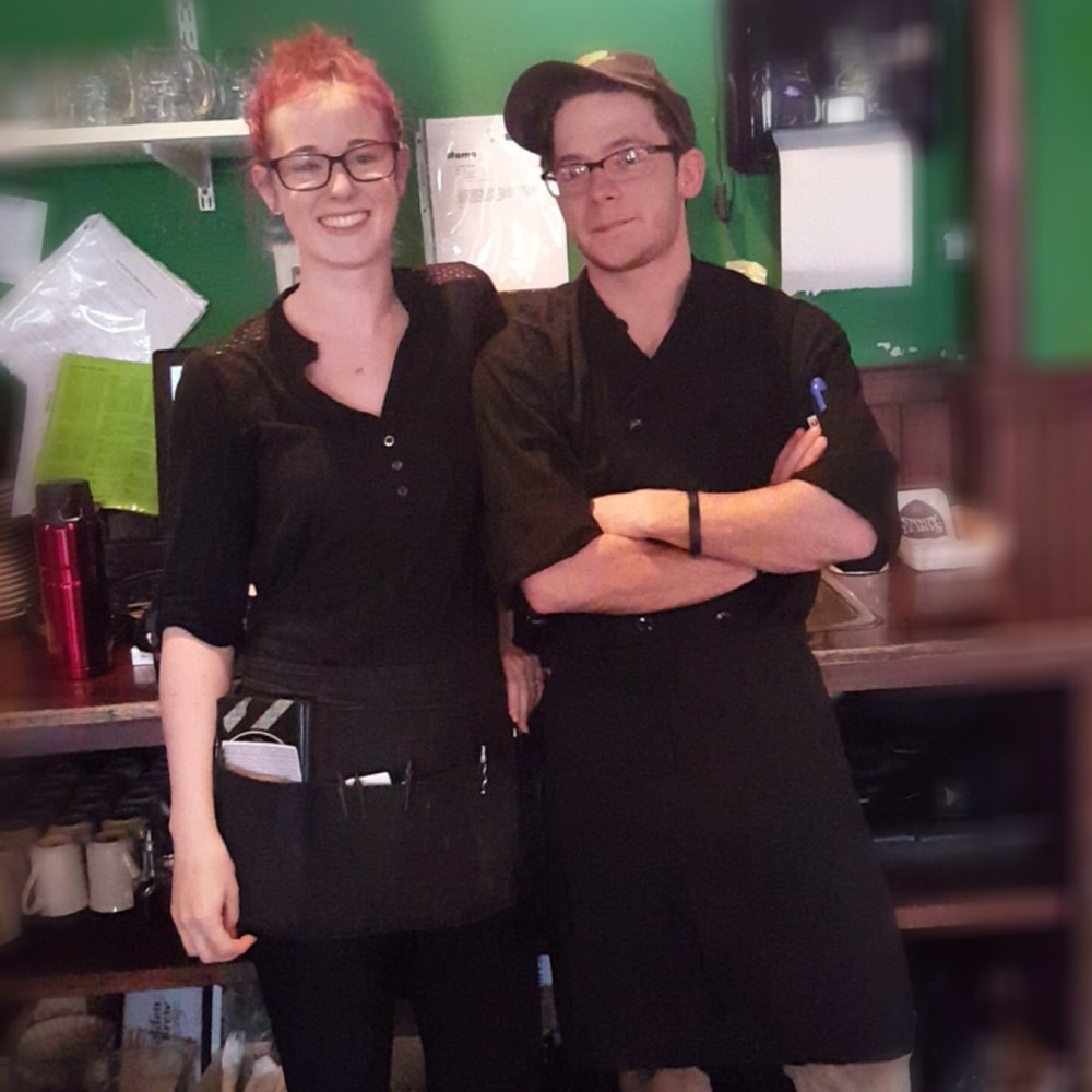 Drew and his beautiful girlfriend Jordyn working together at the Restaurant. Click here to go to his kitchen. Sent to me just minutes ago today Sat June 17th 2017!