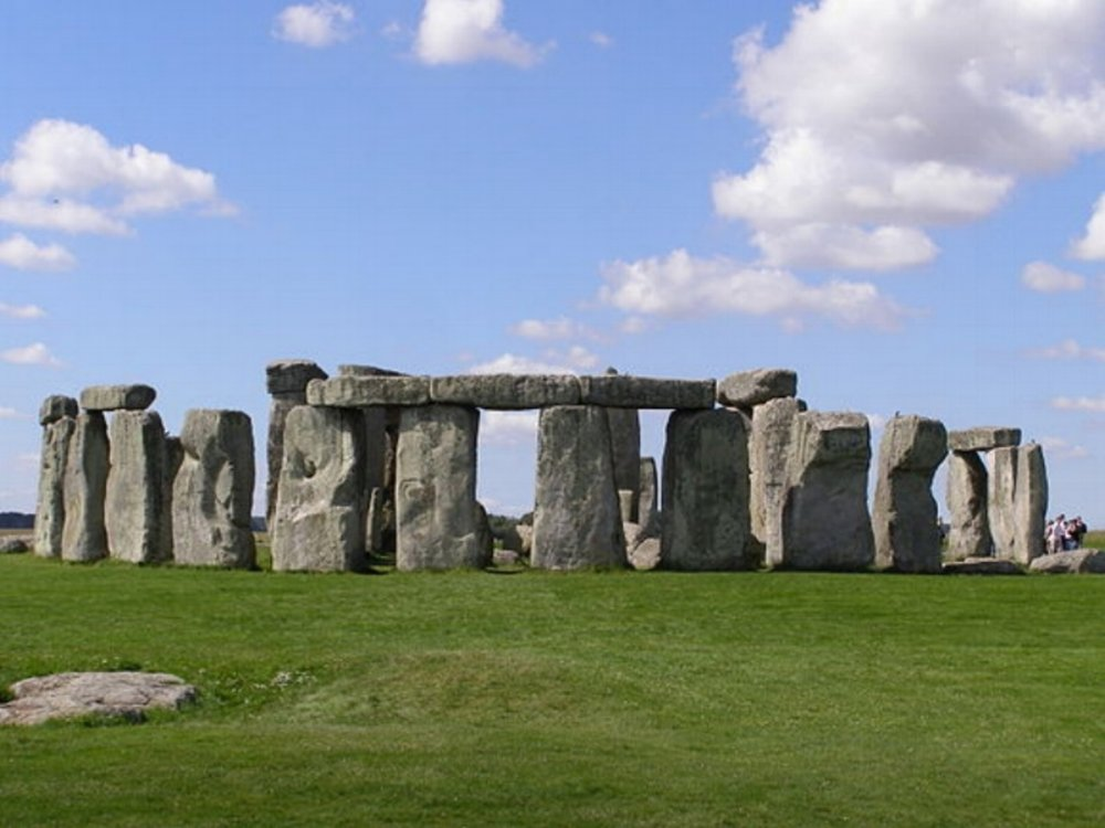 Each stone is standing at around 13ft  and weighs in at a massive 25 tons.