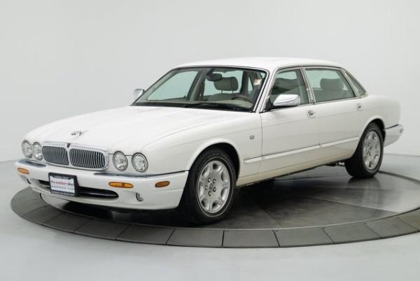 2000 Jaguar XJ8 -